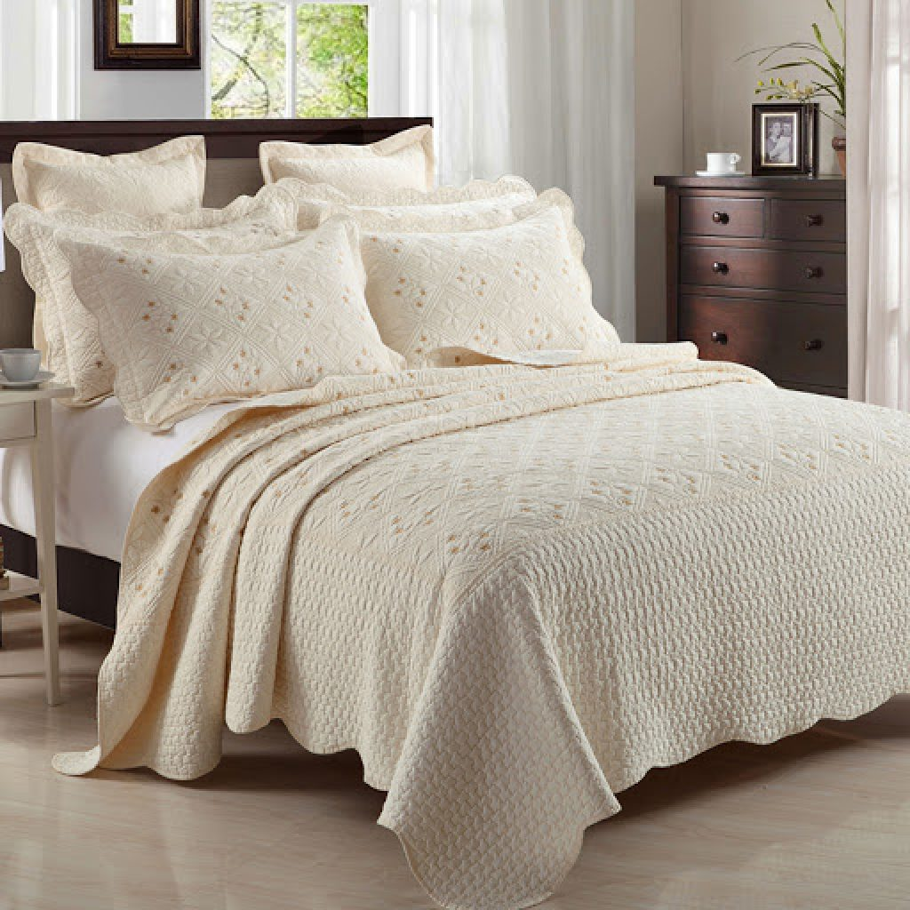 neutral bedding colors