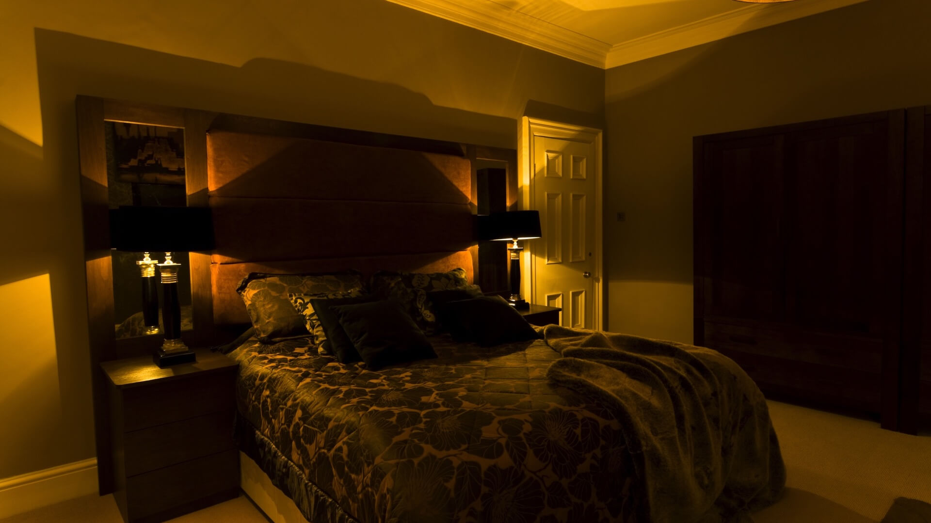 best mood lighting for bedroom
